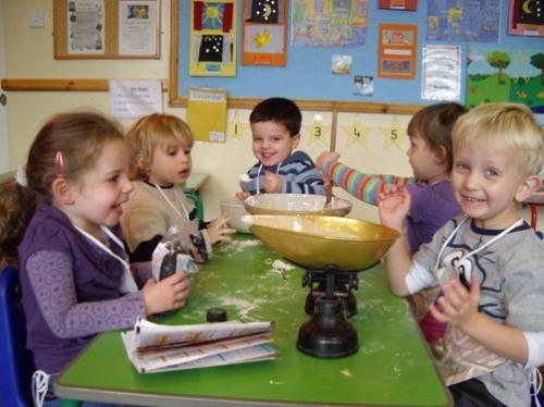 christmas-cake-pre-school