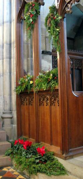 Church Christmas Flowers 035