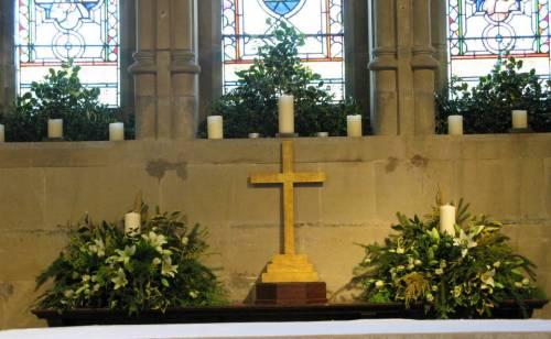 Church Christmas Flowers 041-001