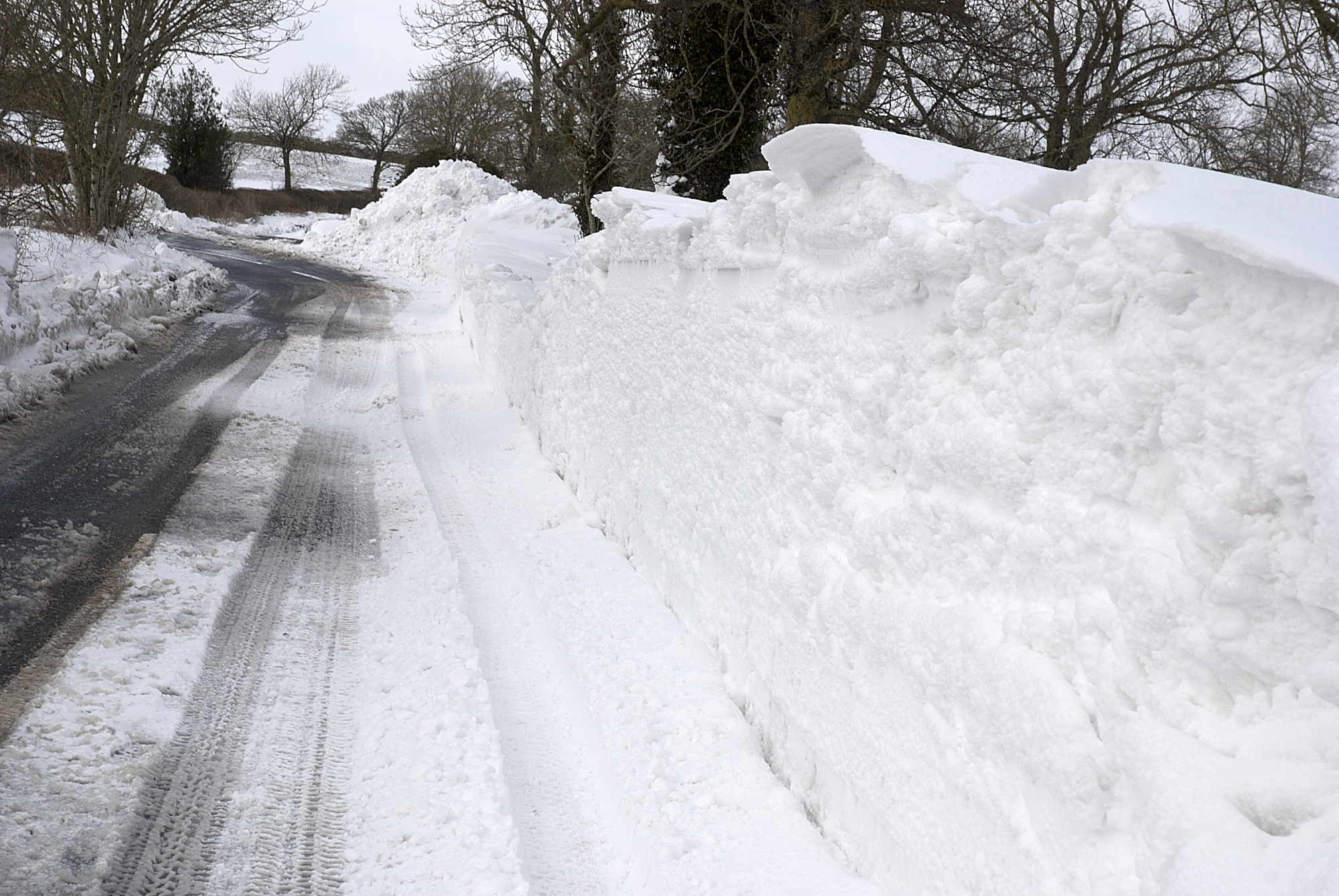 Access to Ashbourne? Snow Problem! | PARWICH.ORG